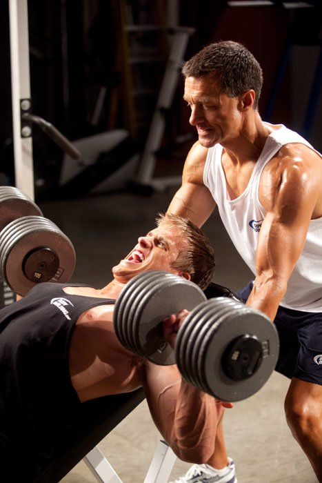 is bodybuilding an example of muscular strentgh